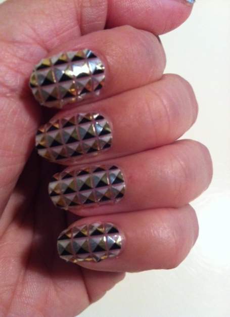 Maybelline Color Show Fashion Prints Nail Stickers in Metal Prisms